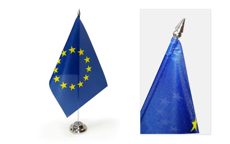 Stolové vlajky - detail stolových vlajok na stolovej vlajke EU.